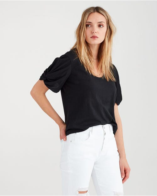 TWIST SLEEVE TEE BLACK