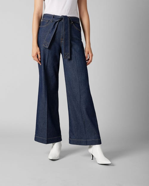 7 For All Mankind - Lotta Cropped Topanga Rinse Indigo With Belt