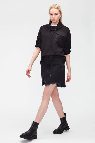 KEIRA FEARLESS WITH DISTRESSED HEM