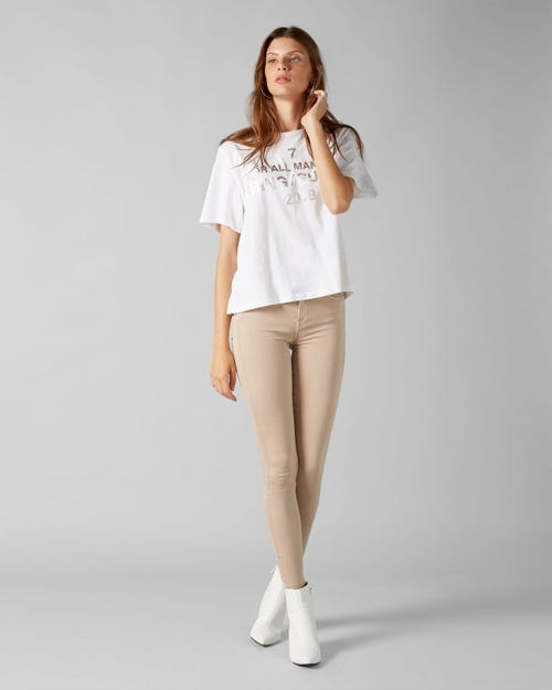 7 for all Mankind - THE SKINNY CROP COLORED SLIM ILLUSION LATTE WITH RAW CUT AND BACK UNROLLED HEM