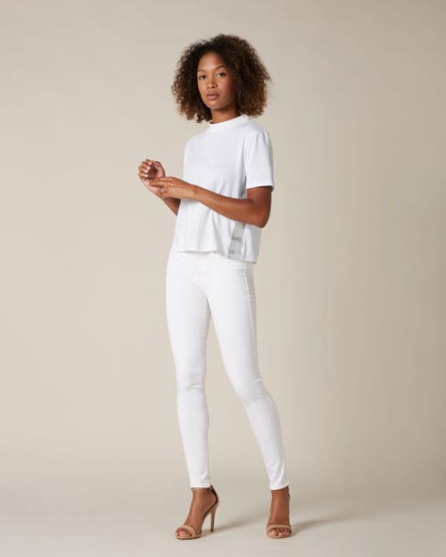 THE SKINNY SLIM ILLUSION PURE WHITE EMBELLISHED LABEL